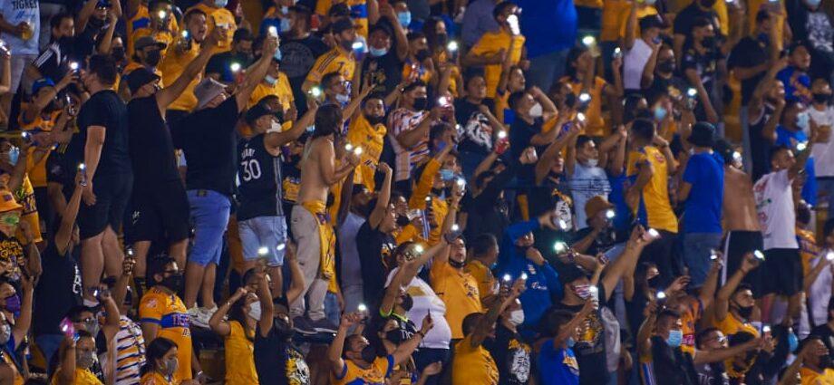 El 'Piojo' dedicó el triunfo a la afición tras dos meses de austeridad como locales Foto: Club Tigres